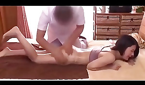 Sexy Rub down unconnected with Advanced position with reference to Female