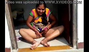 desi townsperson bhabhi showing their way vagina bf hindi obvious