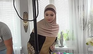 A Muslim cleansing daughter was punished of no-see-em more complete hammer away mission